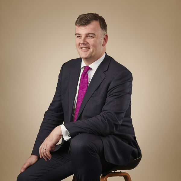 Allan Leal, banking lawyer